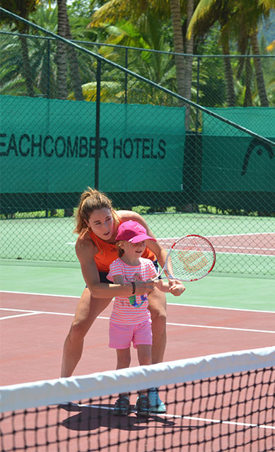 "Alizé Cornet at Paradis Beachcomber: ""conditions are ideal for a wonderful holiday"""